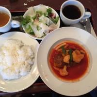 野菜トマトスープの煮込みハンバーグ(メイン・ライス・サラダ・ドリンク)