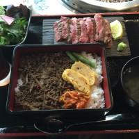 40日熟成タン&和牛そぼろ御膳セット メイン・サラダ・テールスープ・コーヒー