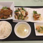 6月の一品:豚肉ロース肉の香り揚げオイスターソース+C.鶏肉の四川風唐辛子炒め +小菜・ご飯・スープ・香の物