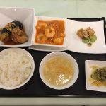 9月の一品:鶏肉と茄子の揚げ物 油淋ソース+A.海老のチリソース +小菜・ご飯・スープ・香の物
