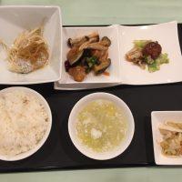 10月の一品:油カレイの蒸し物 葱生姜ソース+C.鶏肉の唐辛子炒め +小菜・ご飯・スープ・香の物