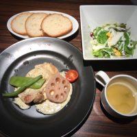 若鶏モモ肉のグリル ホワイトマスタードソース サラダ・スープ付